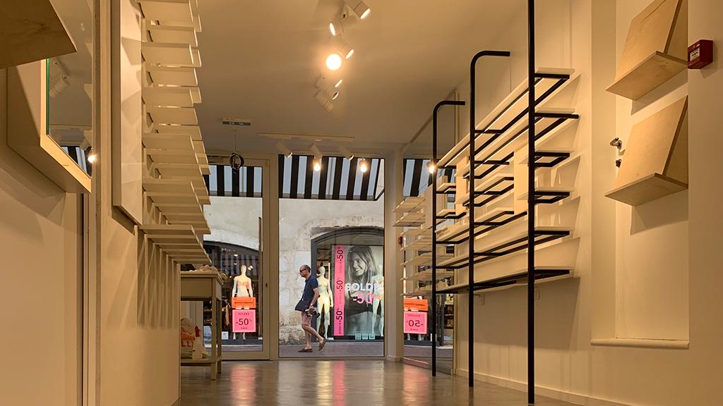 interieur-boutique-jimmy-fairly